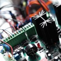 Centrala de comanda pentru stalp VIGI500 RISE CP4K + kit UPS