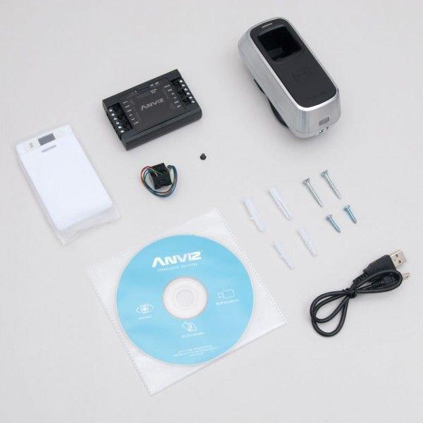 Cititor/Controler de exterior cu amprenta si cartele RFiD Anviz FPA-M5